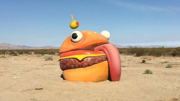 Mystery 'Durr Burger' Spotted In Californian Desert