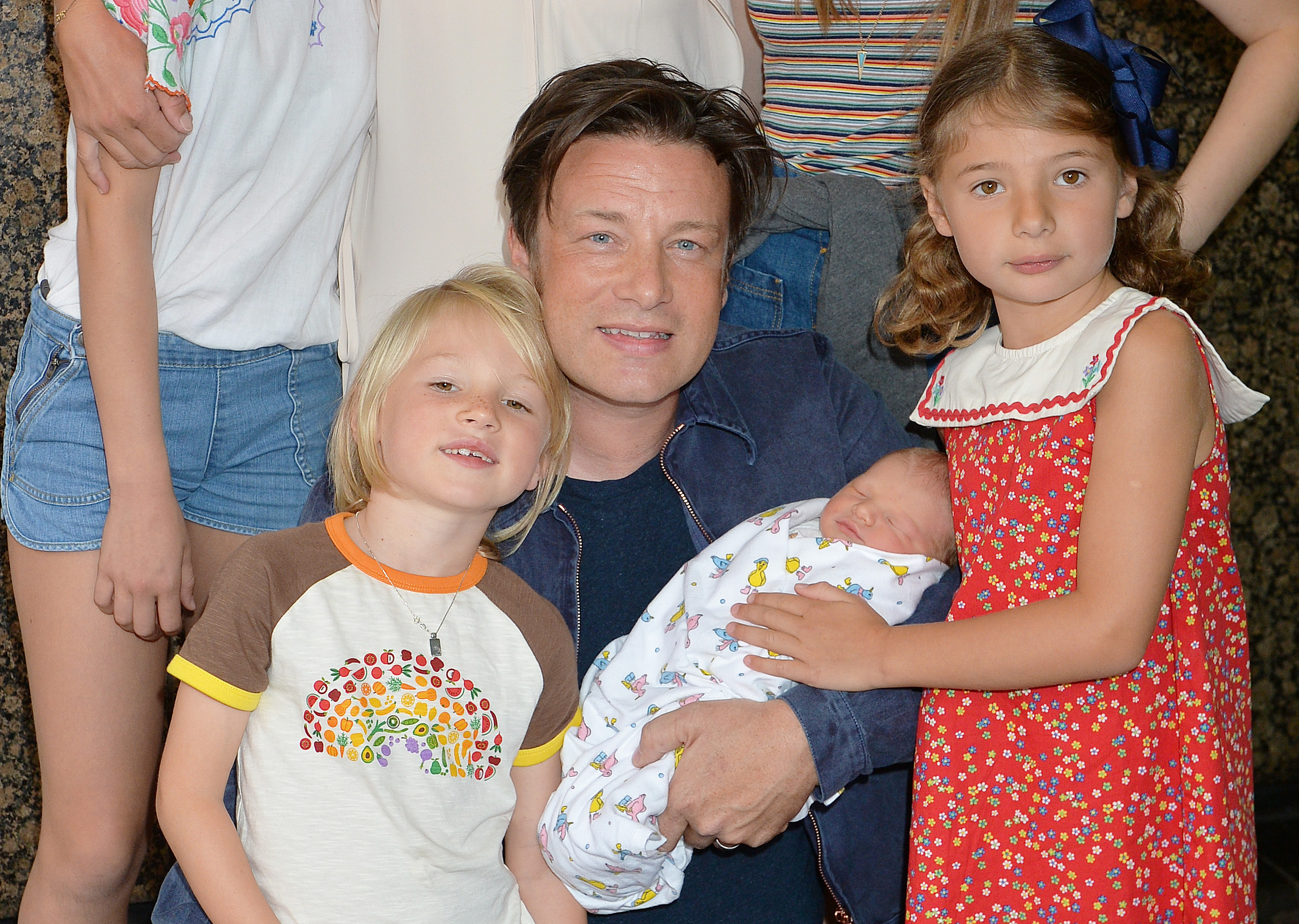 Jamie Oliver 'chases burglar and tackles him to ground'