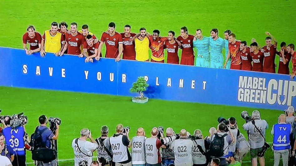 As Roma Win A Bonsai Tree After Beating Real Madrid In The Mabel Green Cup Sportbible