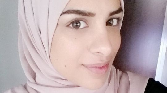 Swedish Muslim woman denied job for refusing manager's handshake