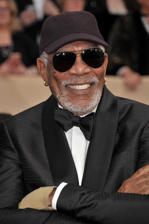 Morgan Freeman Wore A Single Glove To The SAG Awards ...