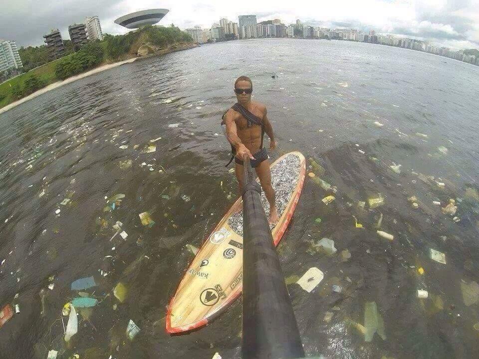 Wow, so much confetti in the water in Rio...