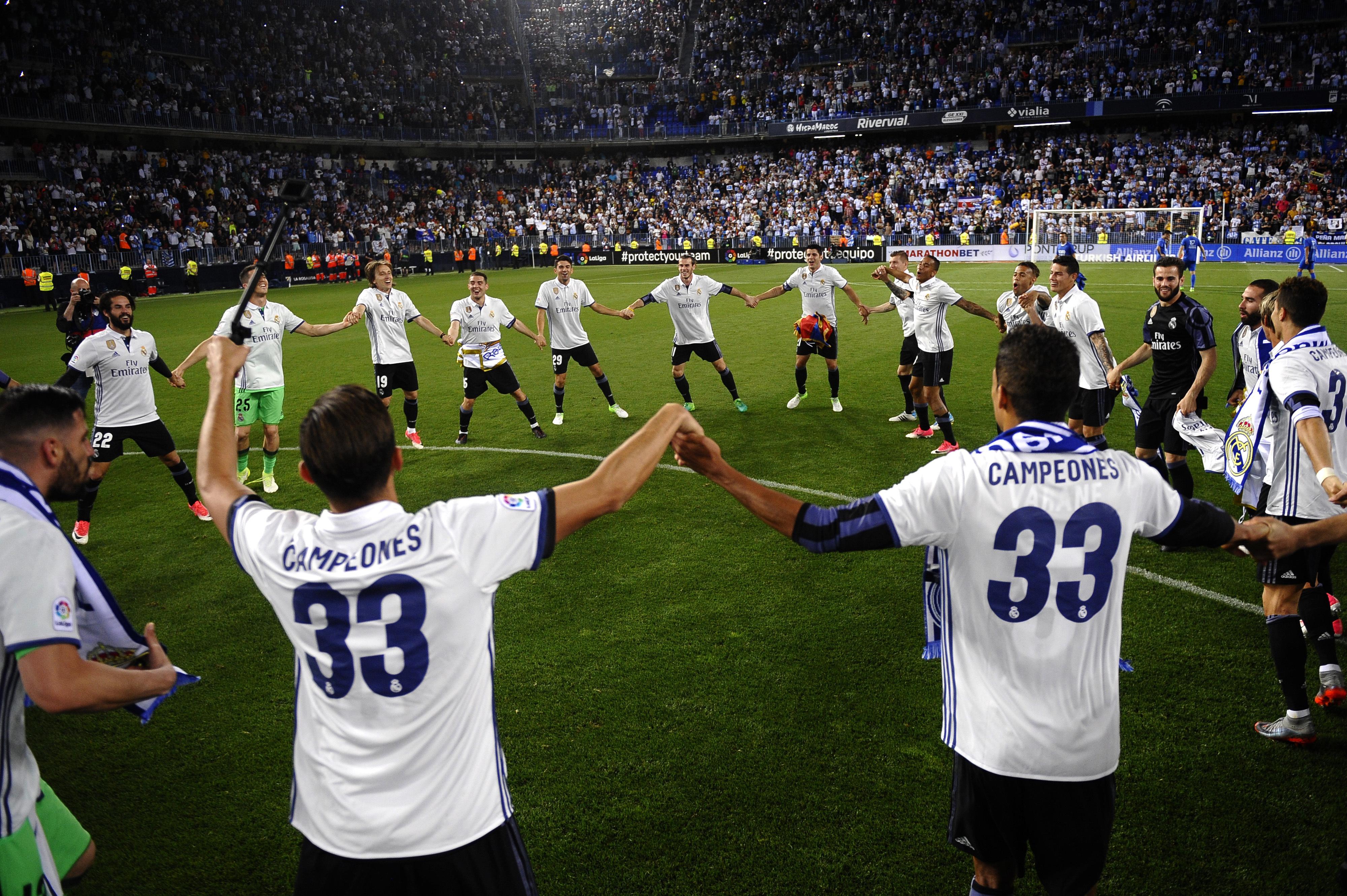 Zidane hails 'f***ing fantastic' Real title winners