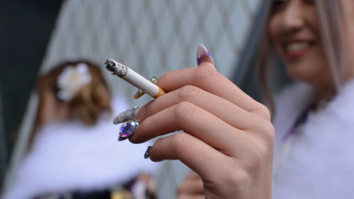 ​Japanese Company Gives Its Non-Smoking Staff Six Extra Days Off