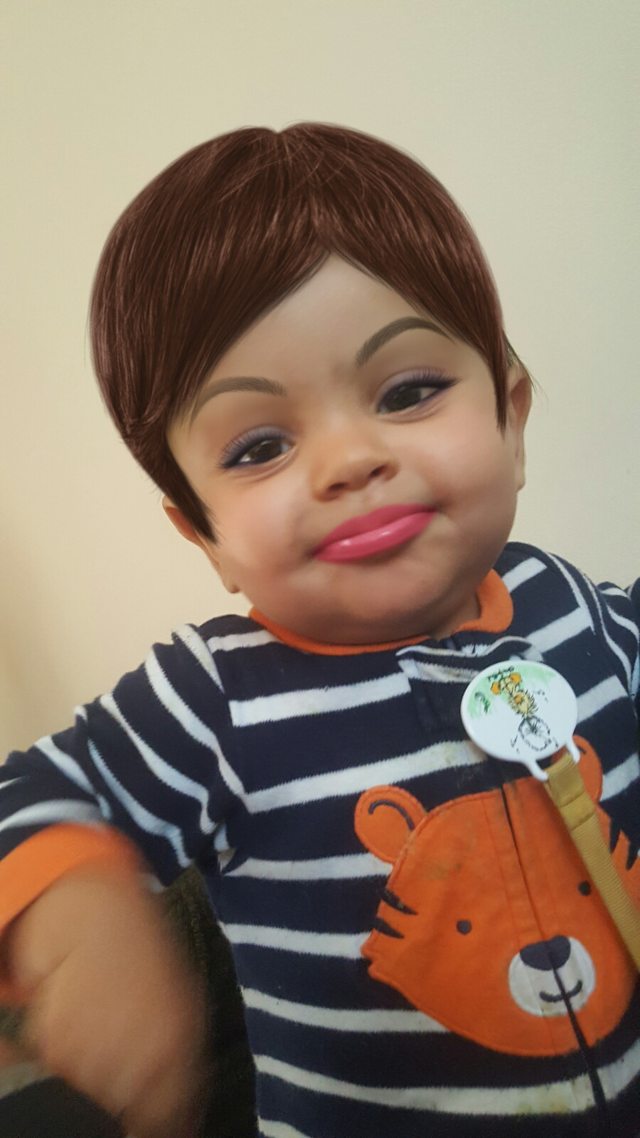 """""""Used a make up app on my 1 year old son and it turned him into a strong, independent woman who don't need NO man"""""""