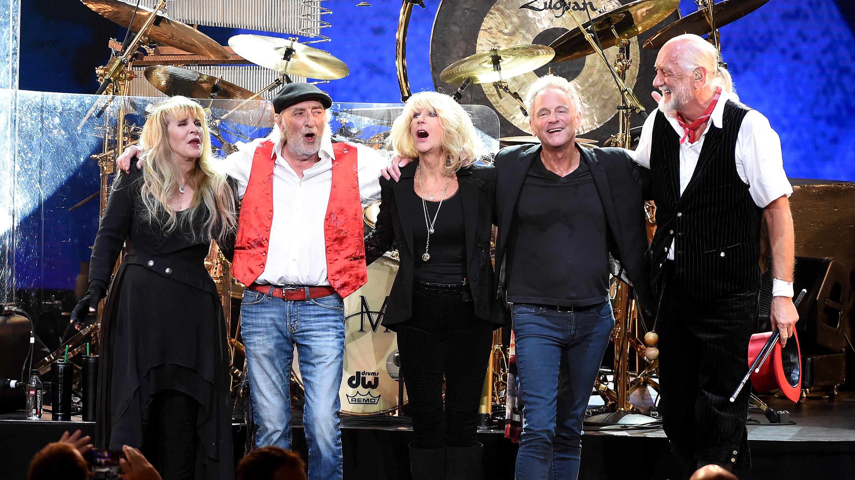 Fleetwood Mac's 'Dreams' Rockets Back Into The Charts ...
