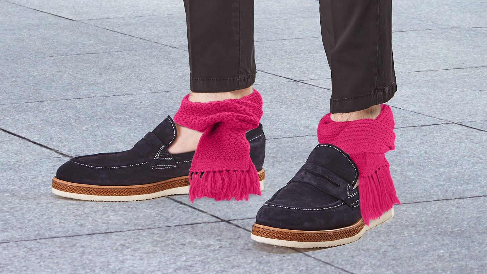 Ankle Scarves Are The Fake Trend Nobody Needed