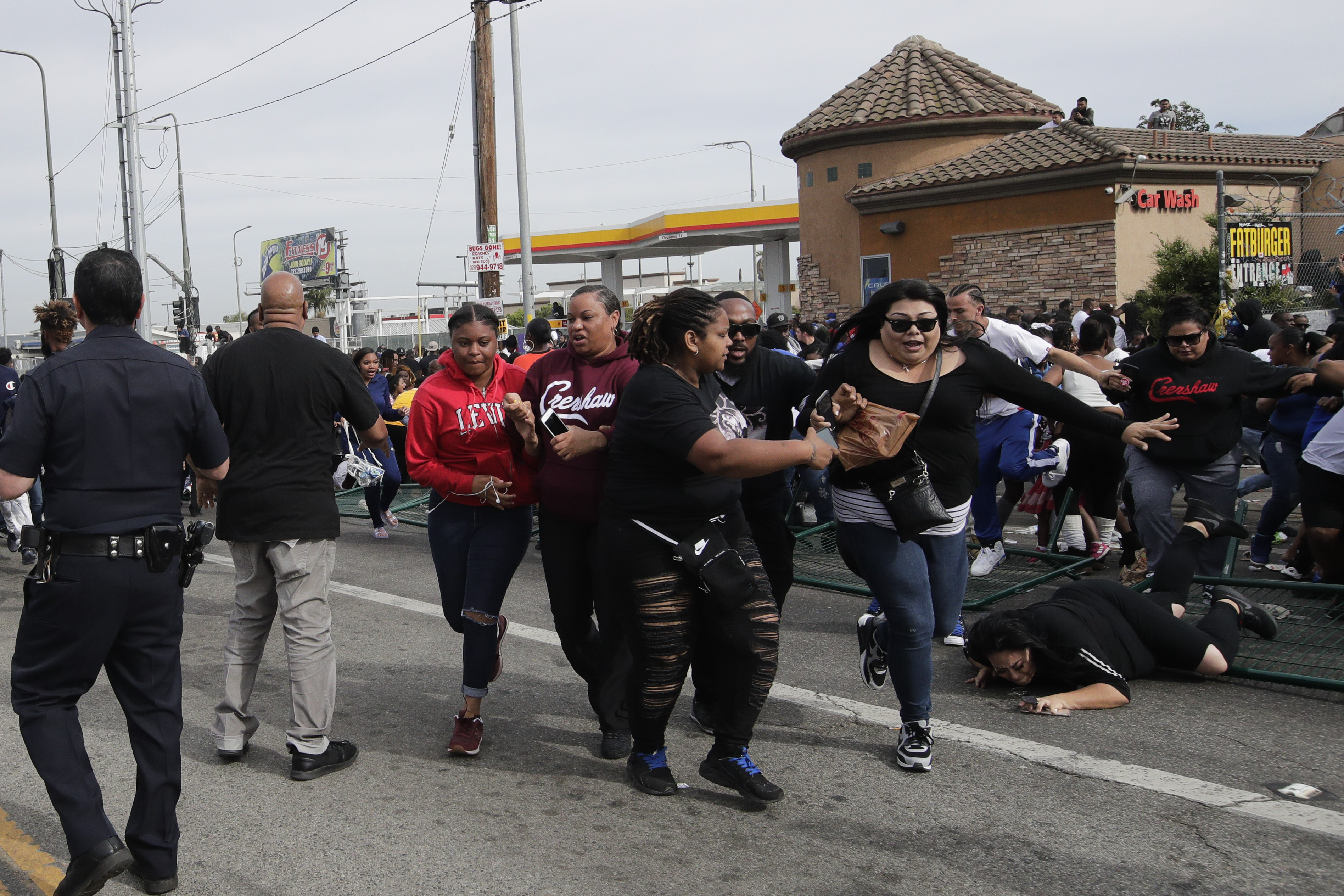 Around 10,000 mourners lined the streets of LA. Credit: PA