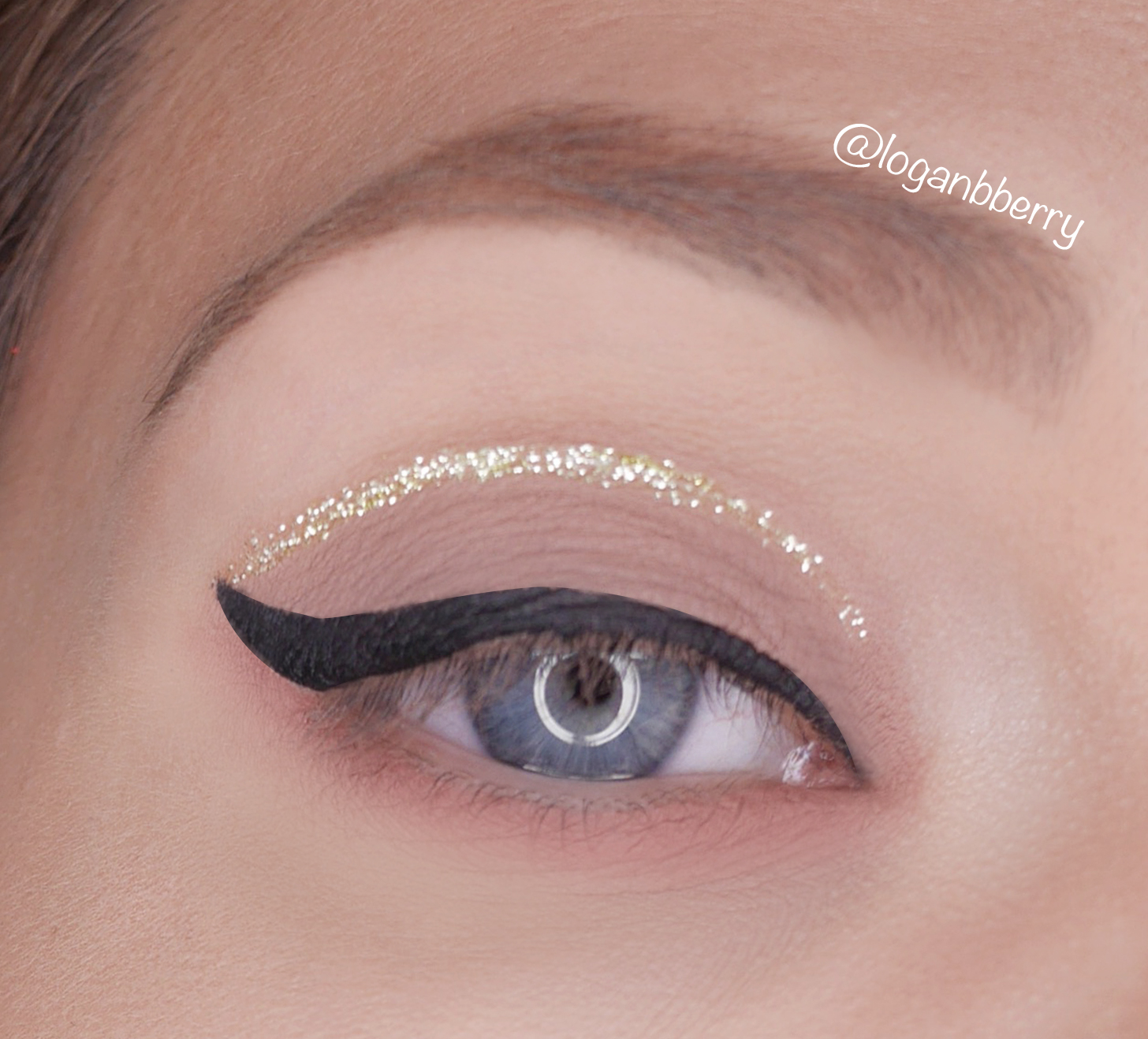 You Could Also Apply A Stroke Under Your Bottom Eyelashes To Highlight The  Tone Underneath