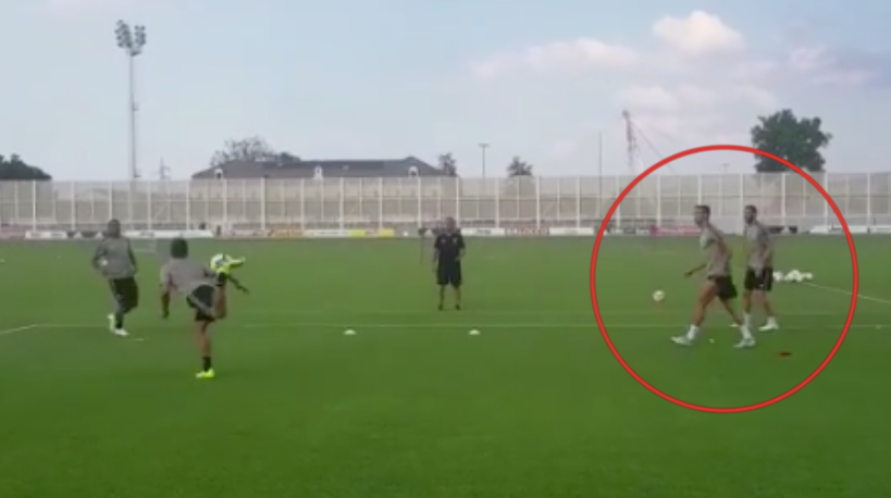 How Juventus Players Reacted When Cristiano Ronaldo Made Mistake In Training