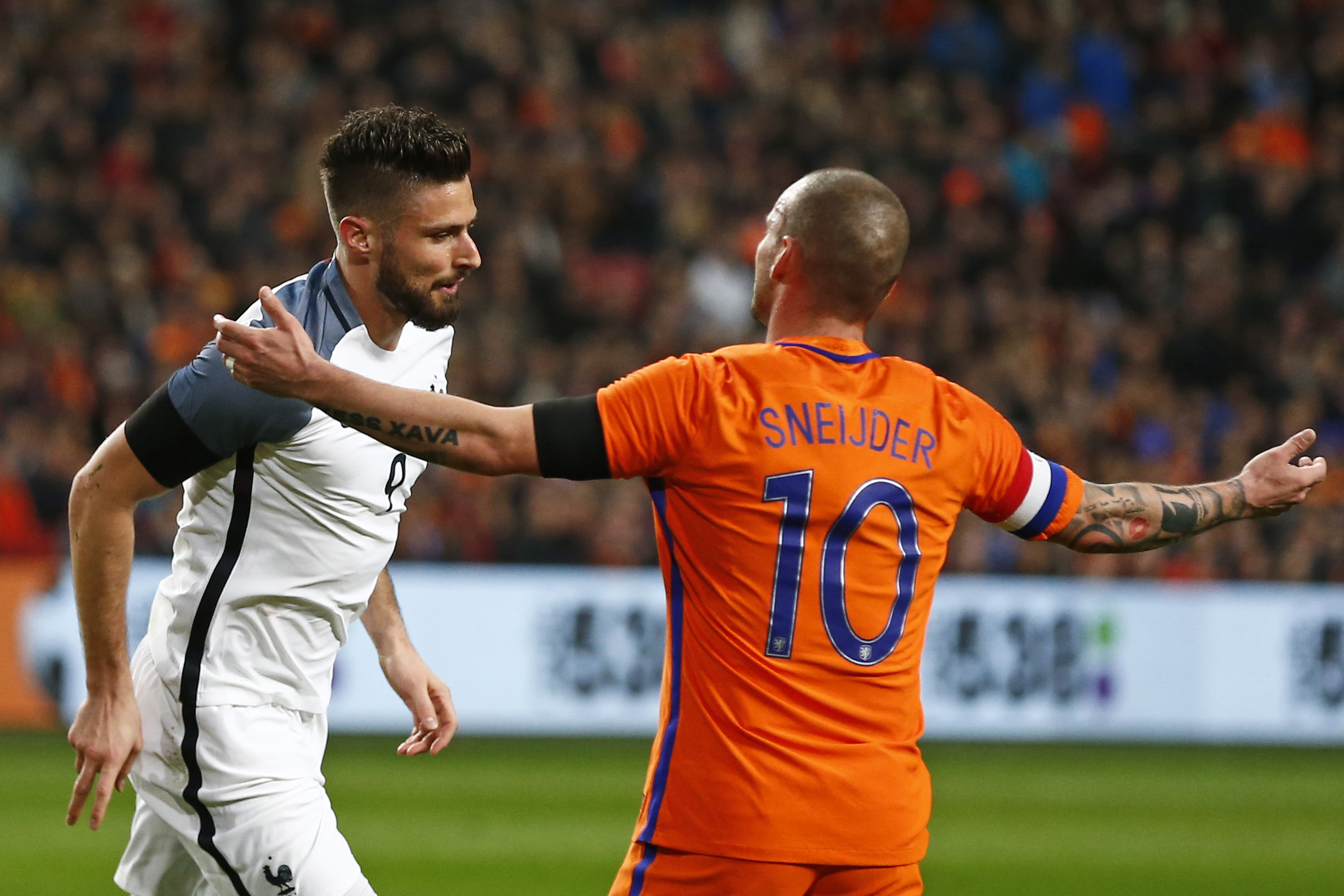 Wesley Sneijder Fined A Club Record Fee By Galatasaray SPORTbible
