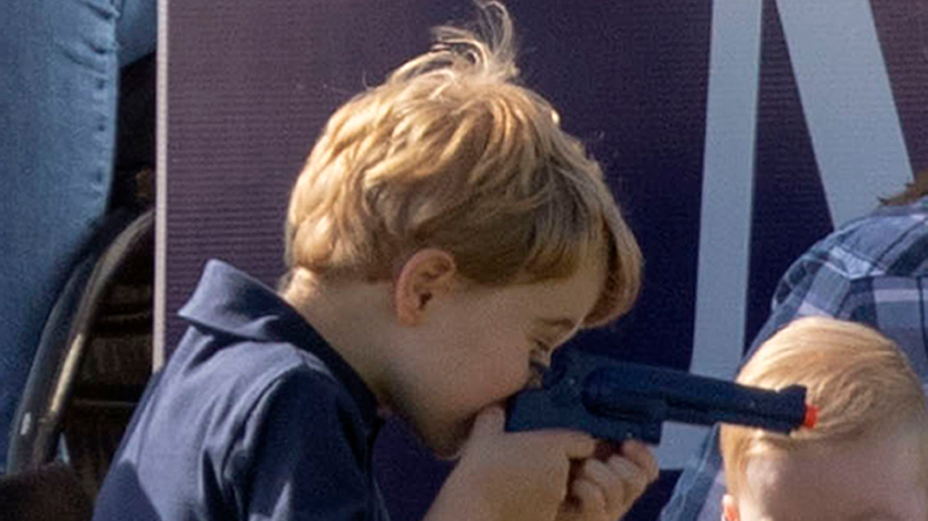 Some People Are Not Impressed That Prince George Was Allowed To Play With Toy Gun