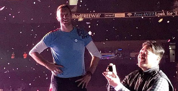Coldplay Pauses Concert Of 50,000 People To Let Fan Propose To Girlfriend