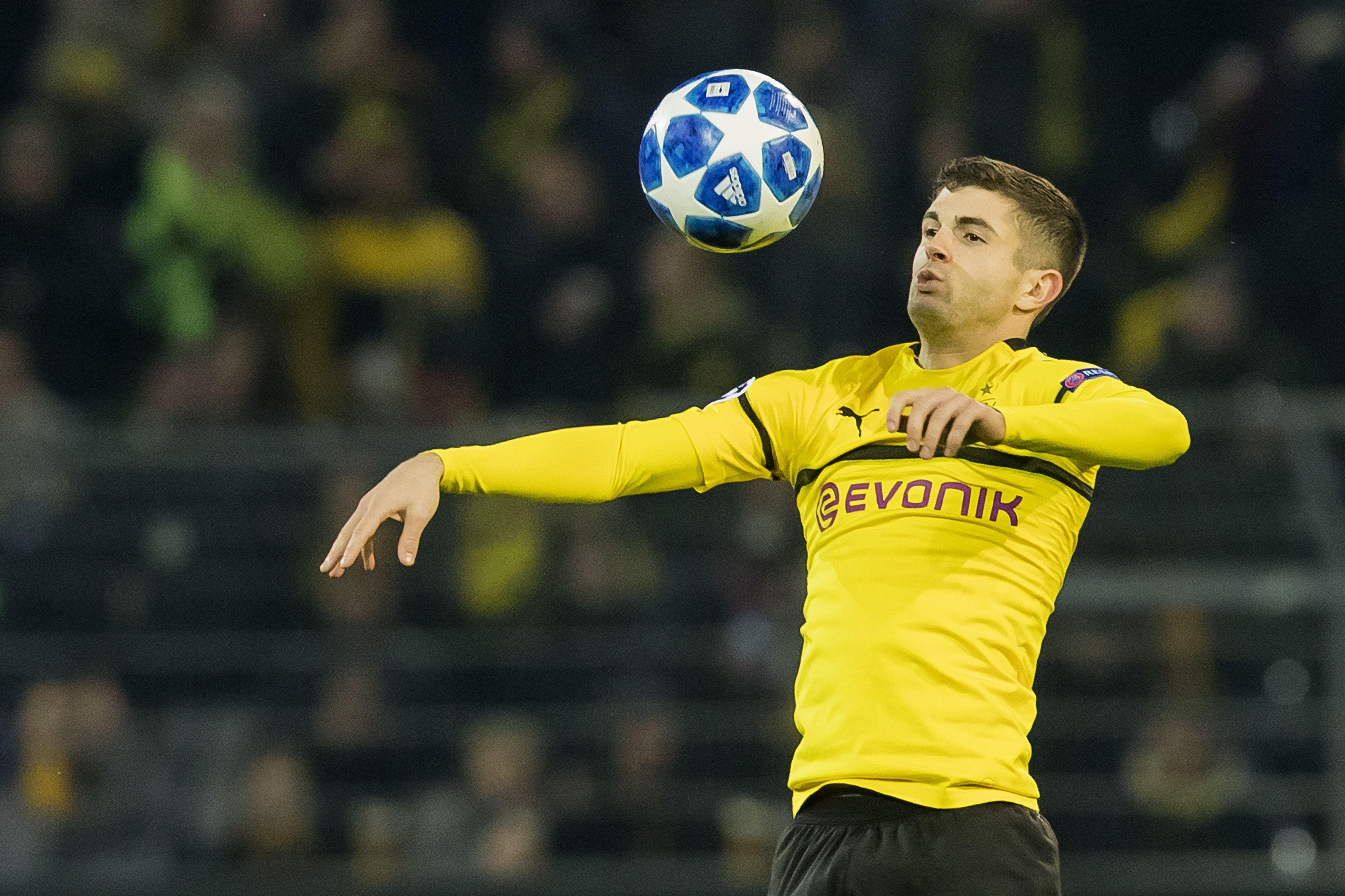 Chelsea make Pulisic bid - but there's a catch