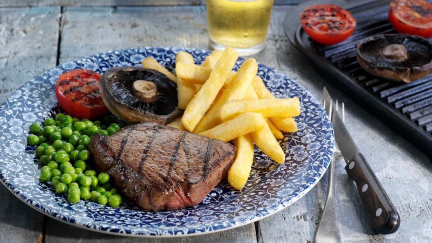 Get A Slap-Up Valentine's Day Meal At Wetherspoons For Just £20