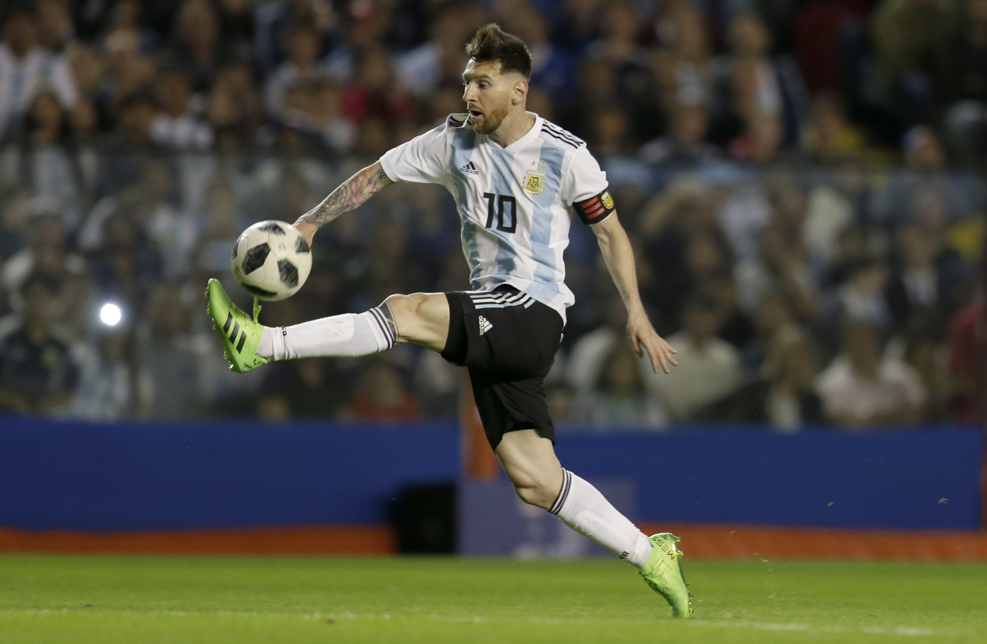 We aren't the best nor the favourites, says Messi
