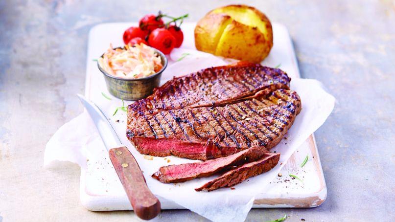 Aldi's £4.99 'Big Daddy' Steak Is Back So Start Making Room For Meal Time