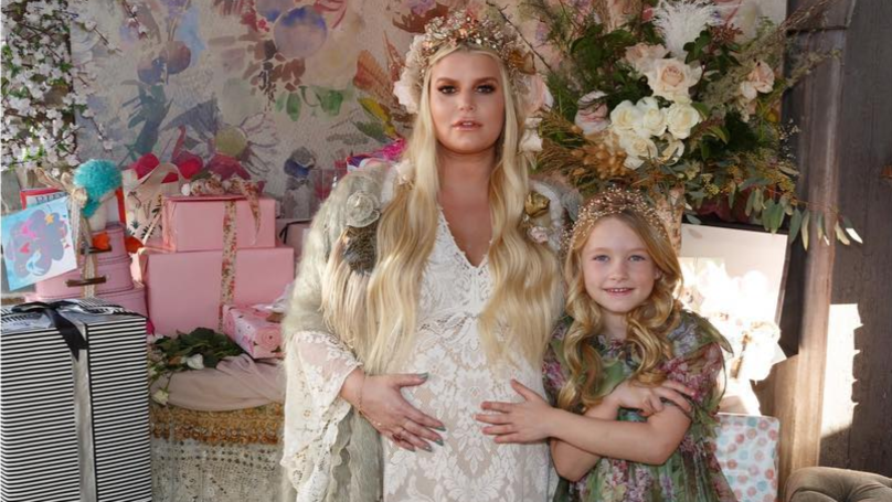 Jessica Simpson Announces Birth Of Baby With Sweet Instagram Snap
