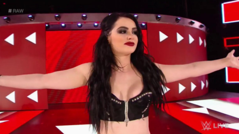 Paige Announces Retirement From WWE