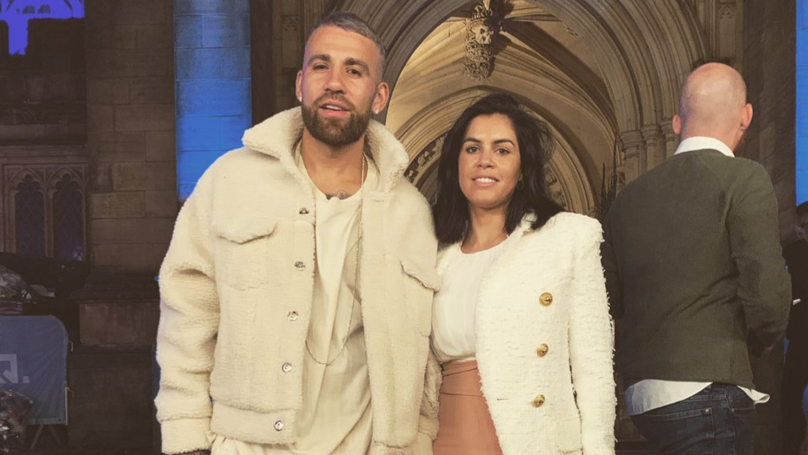 Football Fans Think Manchester City Player Nicolas Otamendi's Wife Has Six Toes