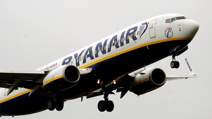 Ryanair Calls For Airport Alcohol Ban And 'Two-Drink Limit'