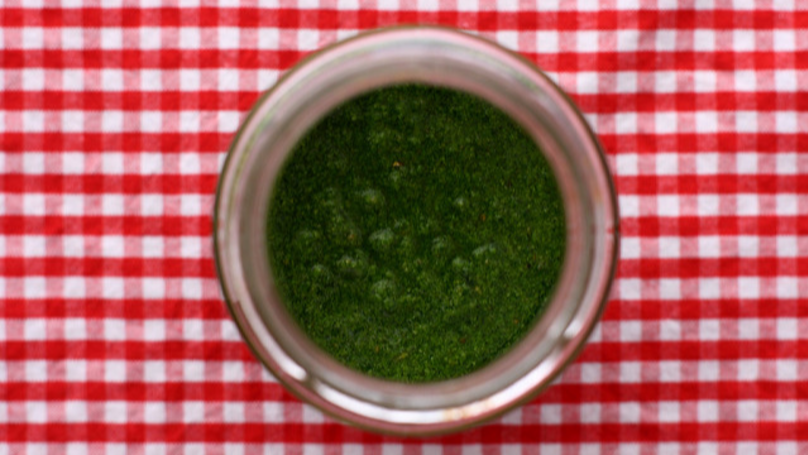 Italian Airport Waives Liquids Ban, But Only For Pesto | LADbible