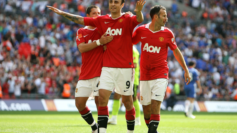 Ryan Giggs' Brilliant Response To Berbatov After Winning The Premier League