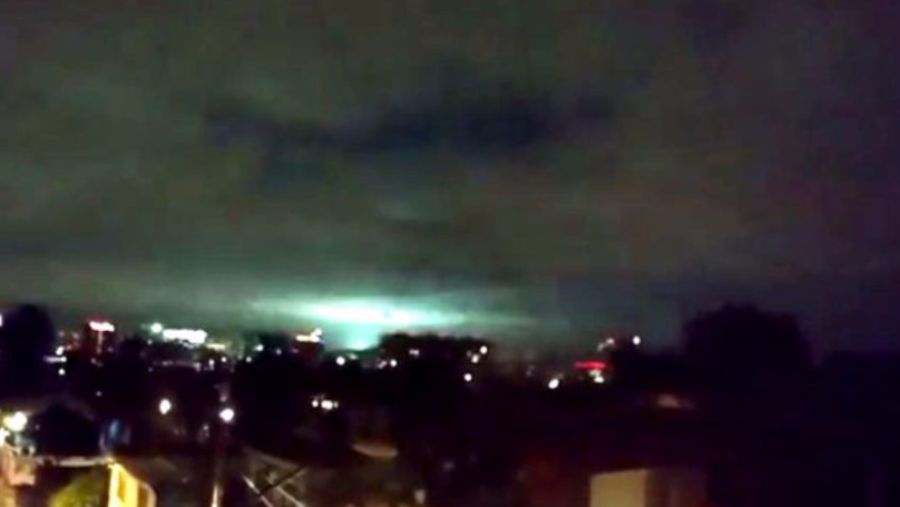 Strange Blue And Green Flashes Spotted In The Mexican Sky Following Earthquake