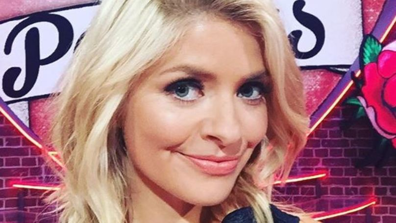 Holly Willoughby Joins Snapchat Starts Talking About Her Dirty Gusset