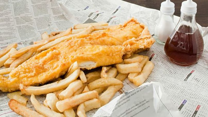 Here's What's Actually Going On Your Fish & Chips And It Certainly Isn't Vinegar