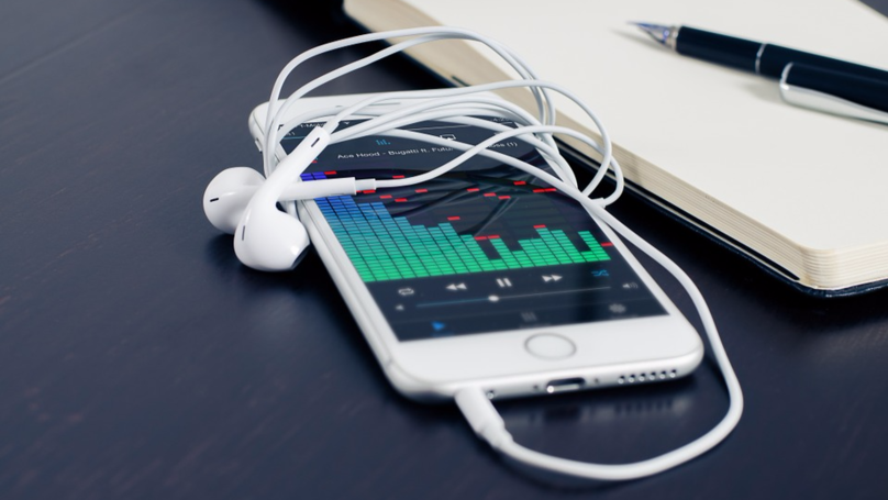 There's A Secret Hack To Make Your iPhone Play Music Louder