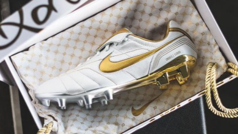 Nike Release Remake Of 2005 Tiempo's Worn By Ronaldinho