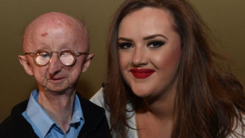 Disabled Mugging Victim Alan Barnes Offers Just £10 To Woman Who Helped Him