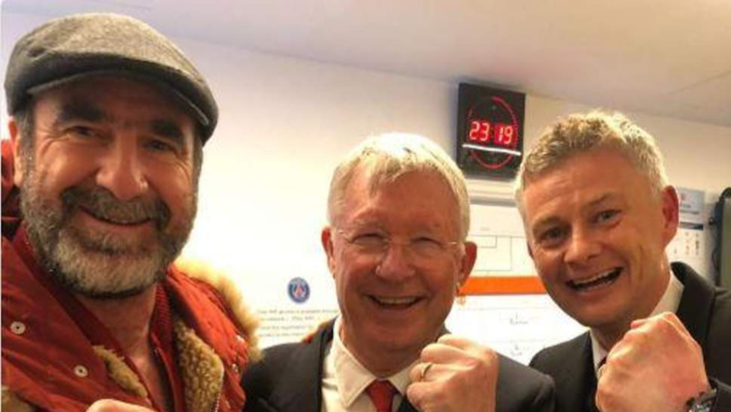Chris Smalling Reveals Sir Alex Ferguson And Eric Cantona Visited The Dressing Room