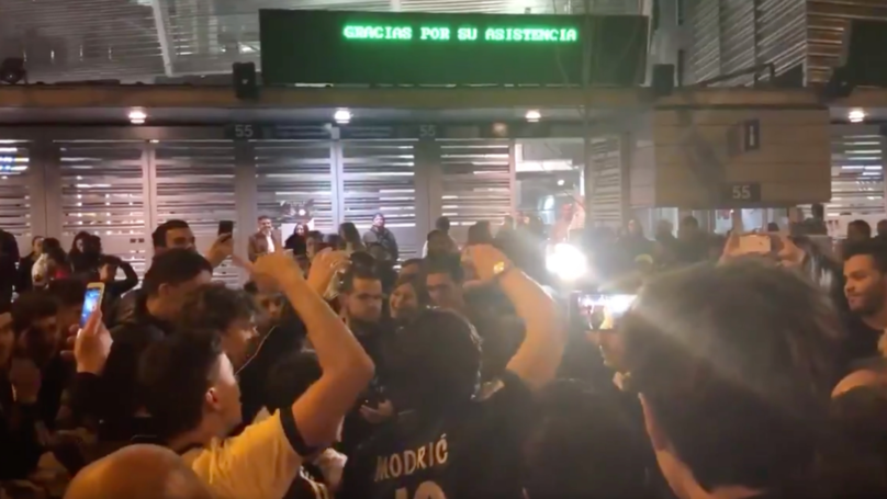 Real Madrid Fans Chant José Mourinho's Name Following El Clásico Defeat