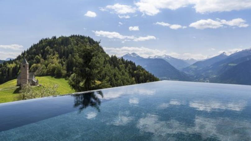 This Hotel In Italy Has The Best Pool View In The World