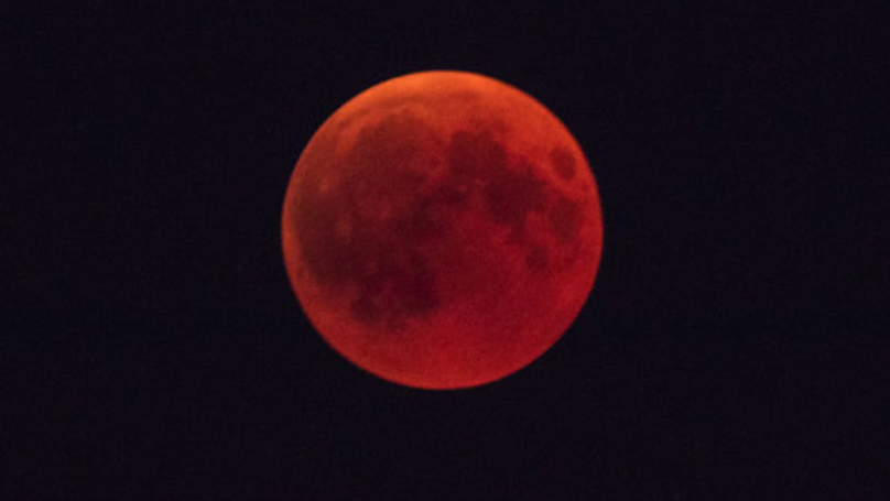 Next Week's 'Blood Moon' Is A Warning That 'The End Of The World Is Near'