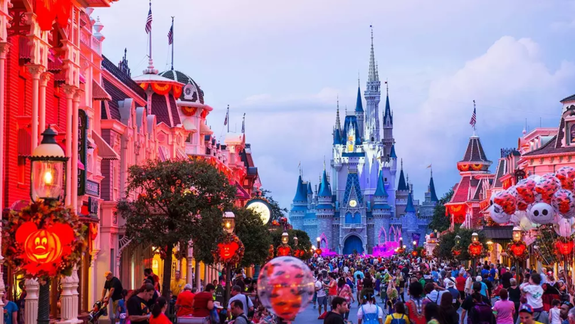 Disney World Has Its Own Secret Airport With A Singing Runway