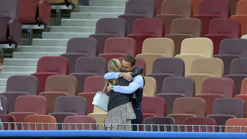 Gareth Southgate Comforted By His Wife In Empty World Cup Stadium