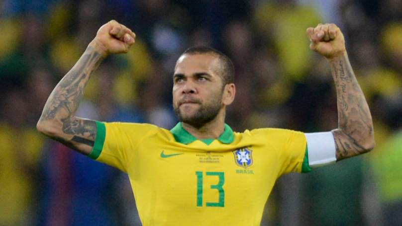 Dani Alves Is The First Player In History To Win 40 Trophies