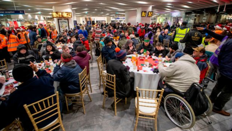 Birmingham New Street Train Station Hosts Christmas Dinner For 200 Homeless People