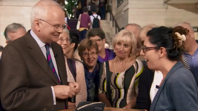 Woman On 'Antiques Roadshow' Starts Crying When She Finds Out How Much Bracelet Is Worth | LADbible