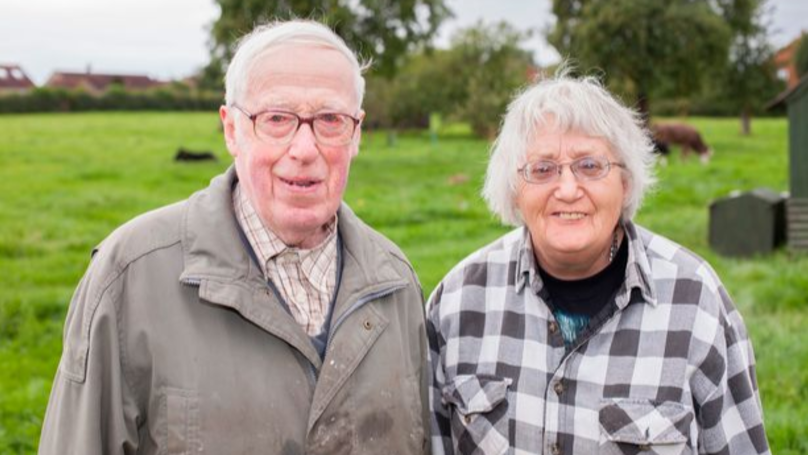Couple Who Lived Without Modern Luxuries Still In Love After 40 Years