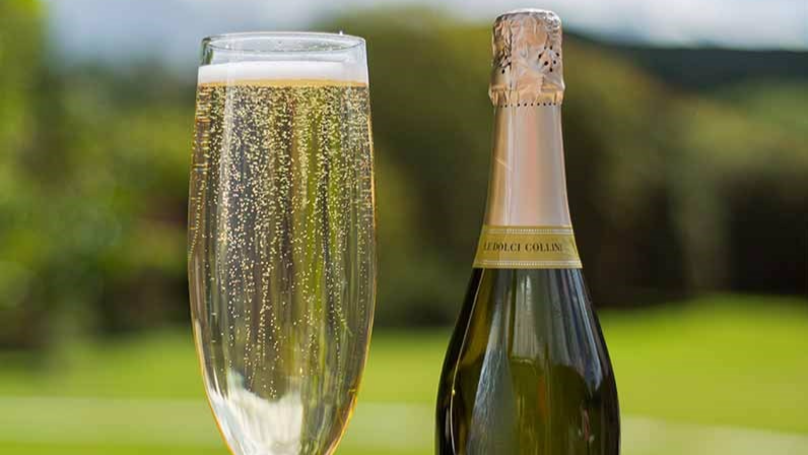 You Can Now Buy A Glass That Holds A Full Bottle Of Prosecco