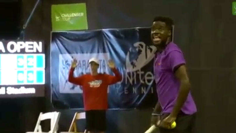 Tennis Players Interrupted By Couple Having Sex React After Match