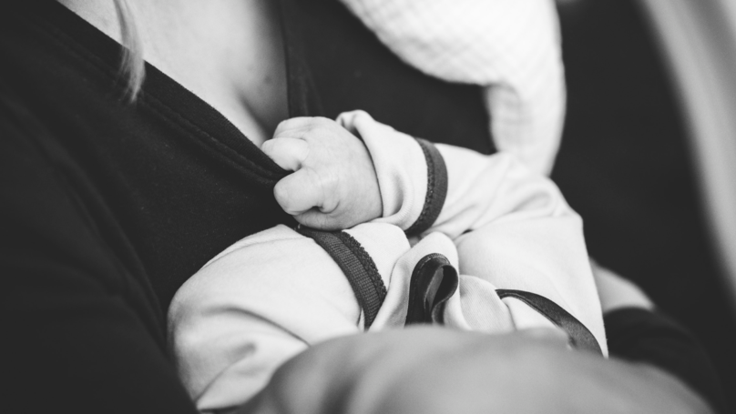 People Are Outraged After Dad Says Wife Should Pay For Formula After Stopping Breastfeeding