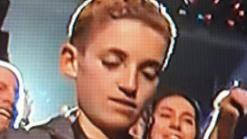Super Bowl 'Selfie Kid' Reveals What He Was Really Doing On His Phone