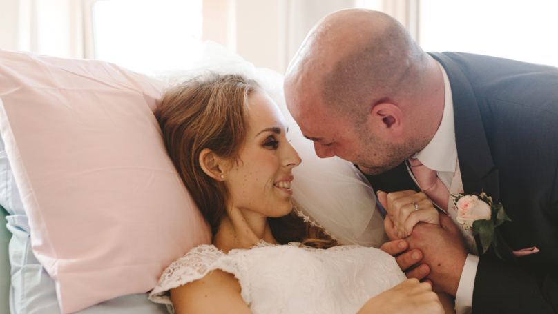 Moving Photos Of Bride Who Got Married To Devoted Husband From Hospice Bed