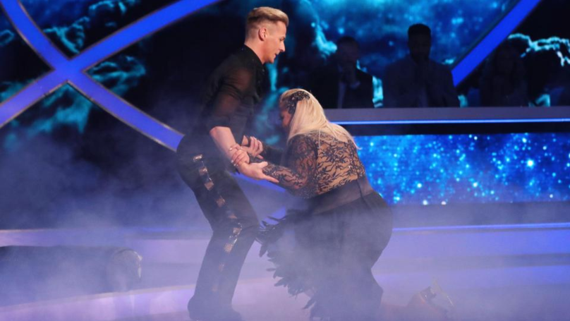 Gemma Collins Falls Down During Routine On Tonight's Dancing On Ice