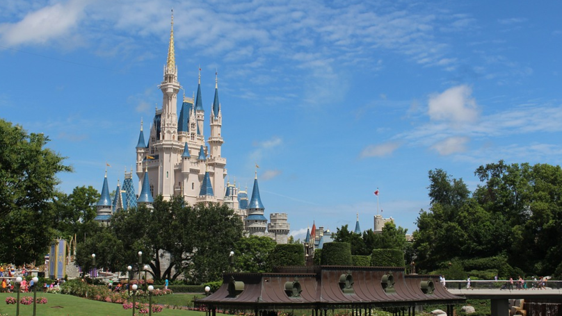 Disney Gets Rid Of 'Do Not Disturb' Signs At Some Of Its Hotels